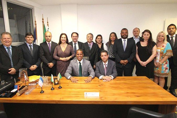 Equipe completa para nova gestão de Cariacica