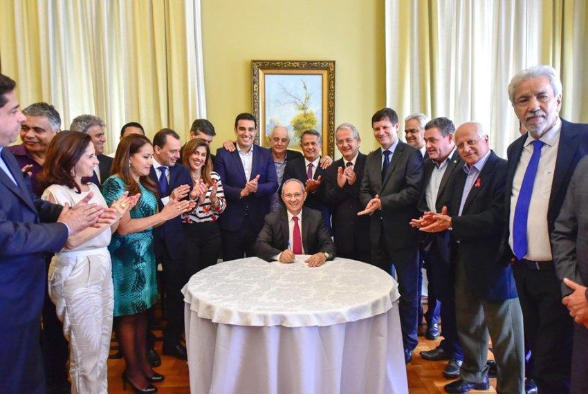 Orçamento 2018 do Estado é sancionado pelo governador Paulo