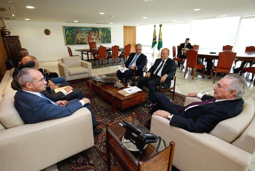 Em reunião com Temer, Hartung debate segurança