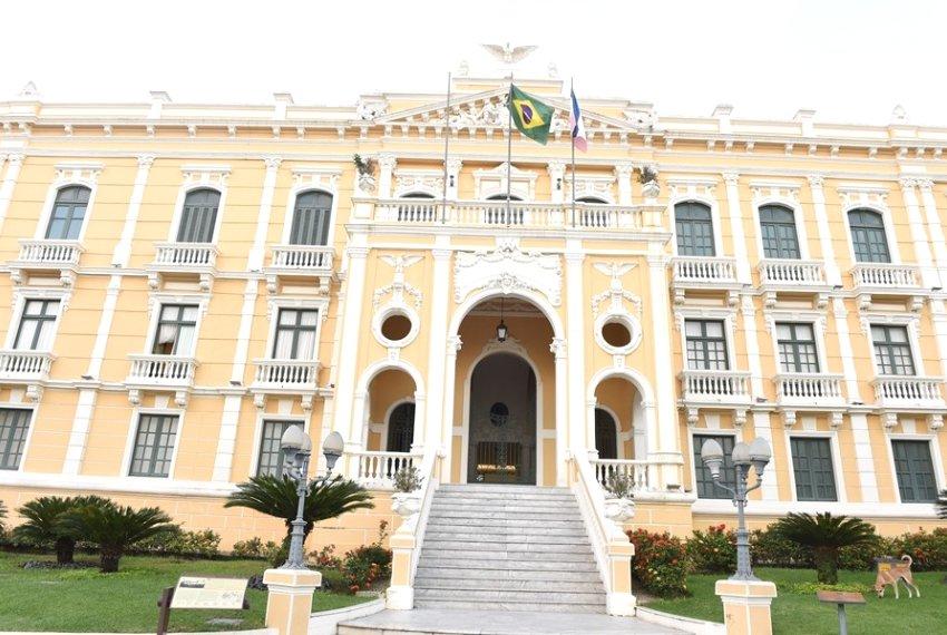 Governador sanciona aumento de 36,40% no auxílio-alimentação