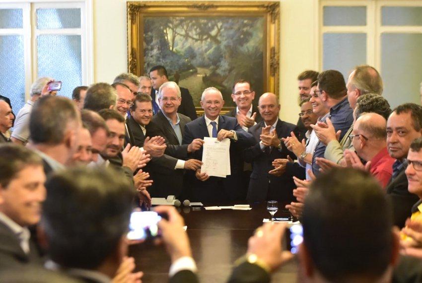 Assinada ordem de serviço de R$50 MI para obras na ES 315