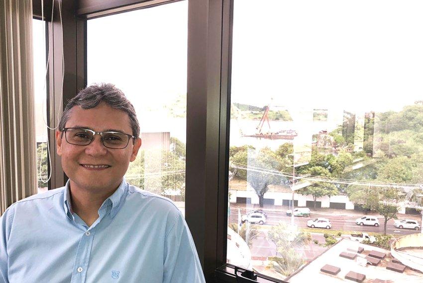 Roberto Martins uma voz dissonante na Câmara de Vitória